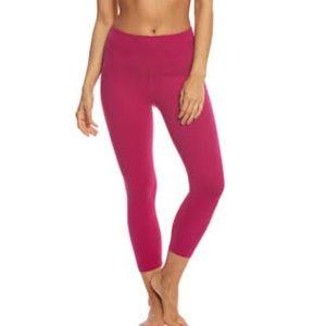 "BEYOND yoga- ""high waist Capri"" - plumberry color"